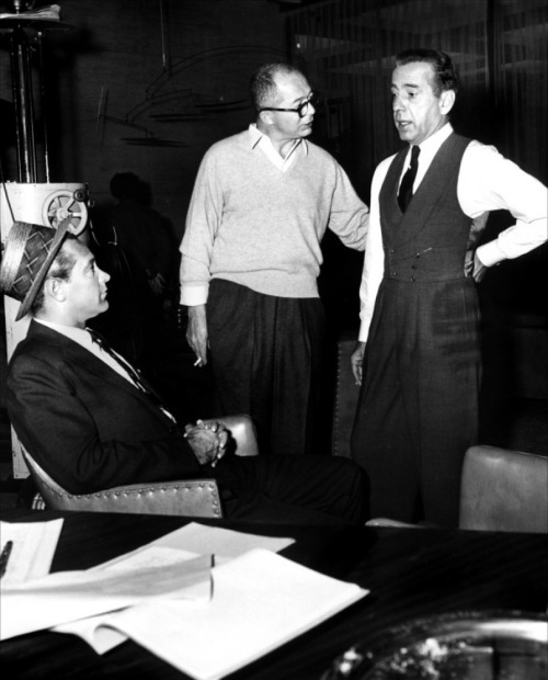 fuckyeahdirectors:  William Holden, Billy Wilder and Humphrey Bogart on-set of Sabrina (1954)