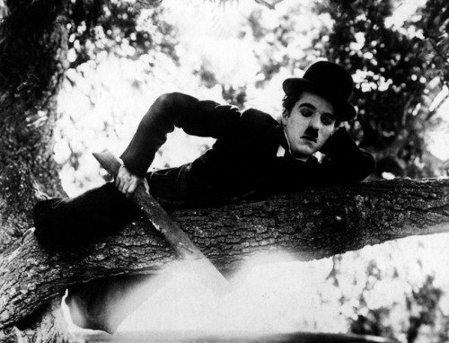 the-little-tramp:  Charlie Chaplin in The Vagabond (1916). In this short the Tramp has to save a girl, played by Edna Purviance, from band of gypsies that have abducted and abuse her. Charlie was always ready to come to the aide of ladies.  This is my favorite Mutual if only for the pathos, the end you see how crushed he is when the girl leaves.