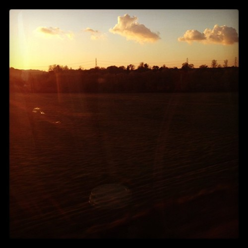 #Sunset #Travel #Train #instahub #instagood #instadaily #picoftheday #picoftheday #igers #instagramers #instagram #iPhone #iPhone5 #iPhoneonly #iphoneasia