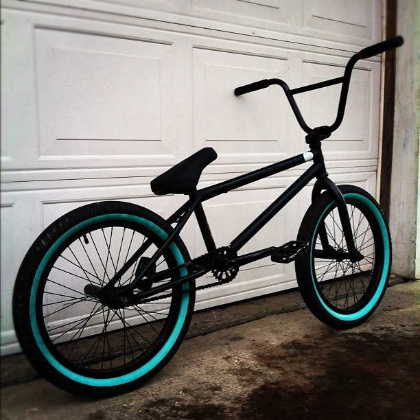 bmxkiller:  How many likes can the whip get boiii, #verde #cult #eclat #oddyssey #duo #fiend #bmx #skate #whip #fit #primo #sexy #cute #pretty #picoftheday #shoutout #sick #bmx #bike by luxe_ http://instagr.am/p/Rqar2SygyI/