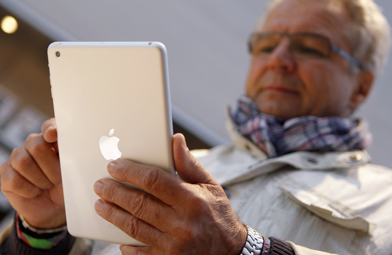 Apple Inc sold 3 million of its new iPads in the first three days the tablet computers were available, driving optimism for a strong holiday quarter despite intensifying competition. Sales of the 7.9-inch iPad mini and fourth-generation 9.7-inch version, both Wi-Fi only models, were double the first-weekend sales of the Wi-Fi iPad sold in March, Apple said on Monday. Apple did not break out numbers for the crucial iPad mini, a smaller version of the original tablet designed to spearhead its foray into a segment now dominated by Amazon.com Inc and Google Inc. Analysts estimate that about 2.3 million of the new iPads sold over the weekend were the mini-tablets, surpassing expectations of 1 million to 1.5 million. READ ON: Apple sells 3 million iPads over first weekend