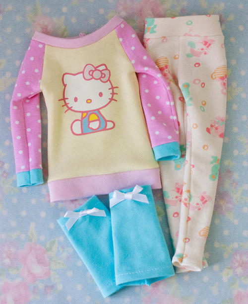For slim MSD : Hello Kitty Set by Cyristine on Flickr.