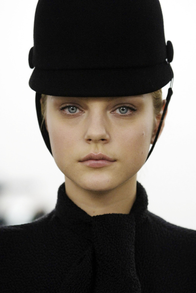 thedoppelganger:  Jessica Stam, Balenciaga Fall 2006 Ready to Wear