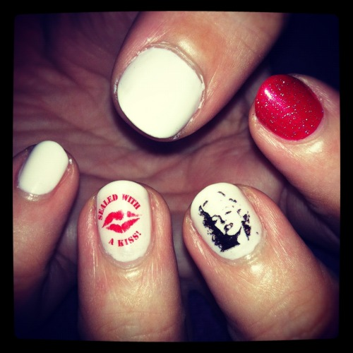 Water Decals … White & Red Mani with Marilyn Monroe & 'Sealed with a Kiss' water decals <3