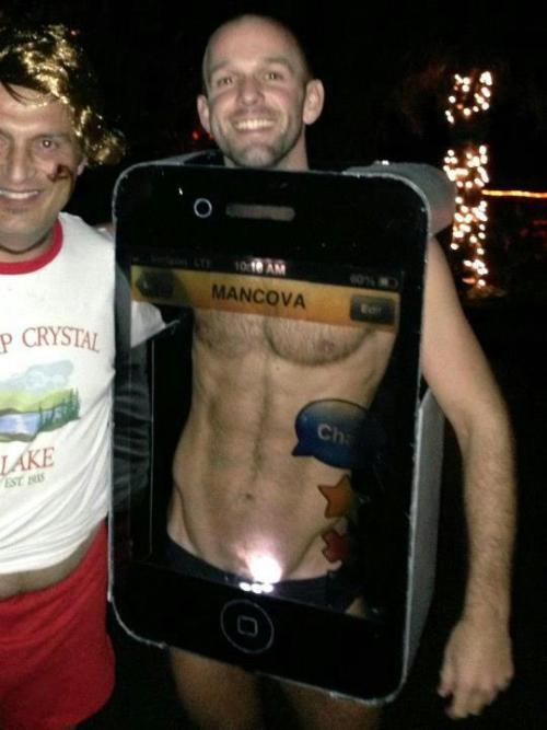 thelighthouseguardian:  hahahahaha that's one of the wittiest costumes I've seen in a while  Well played sir. Well played.