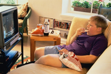 How to Keep Your Kids Away from the TV During Meals (From TIME)