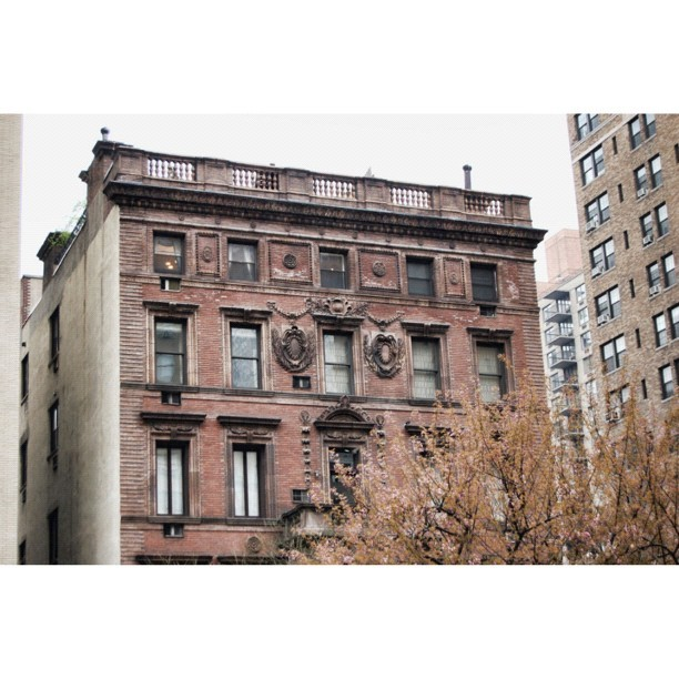 Gilded age beauty: 23 Park Avenue, designed by Stanford White (1898). #architecture #nyc #manhattan #design #latergram  (at 23 Park Avenue)
