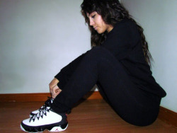 scrioworld216:  Cutie with j's on!