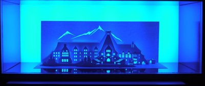 Horrorgami: papercraft horror film homes