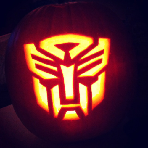 Another pumpkin for my sisters wedding, this time an Autobot.