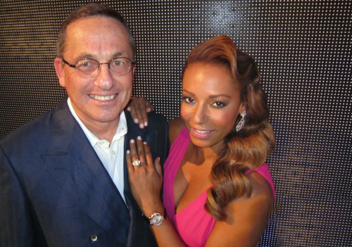 Friend of RAYMOND WEIL and former Spice Girl Mel B showing off her Raymond Weil Jasmine Pink gold diamond timepiece in Sydney with Steven Rom (Avstev CEO, RAYMOND WEIL official distributor in Australia) See the Jasmine watch that Mel B is wearing.
