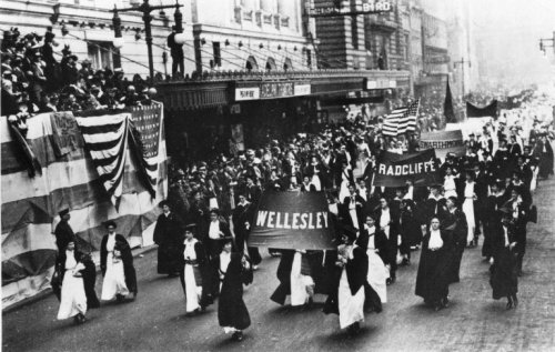 Wellesley students participate in a march for suffrage in Philadelphia in 1915. (Photo courtesy Wellesley College Archives.)