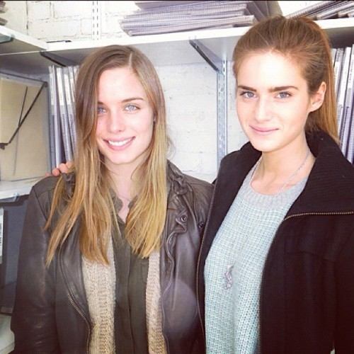Good morning from Kat and Abi Fox @onemanagement #models