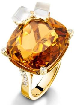 diamondsinthelibrary:  Piaget Whiskey on the rocks ring, 18-carat yellow gold ring set with 100 brilliant-cut diamonds, 1 cushion-cut citrine, and 2 carved quartz.