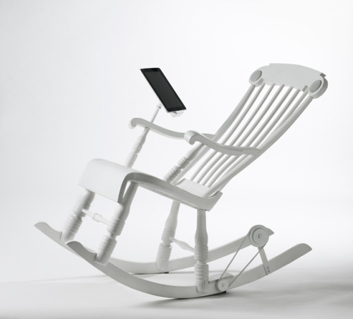 laughingsquid:  iRock, Power Generating Rocking Chair That Charges Apple Devices  Christmas gift for the Rents to charge their iPad mini's during next year's hurricane…