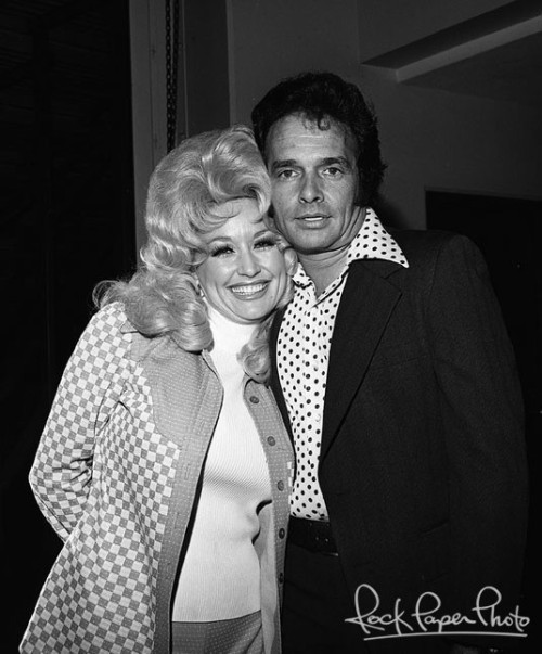 kingofbeers:  Dolly Parton & Merle Haggard