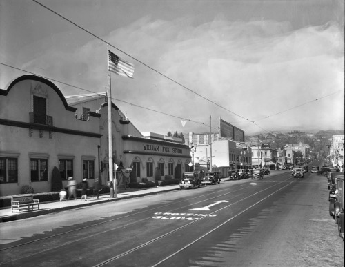 Circa 1920-24 view of the William Fox Studio on Western Ave. near Sunset Blvd.  Part of the TICOR/Pierce Collection in the USC Digital Library.