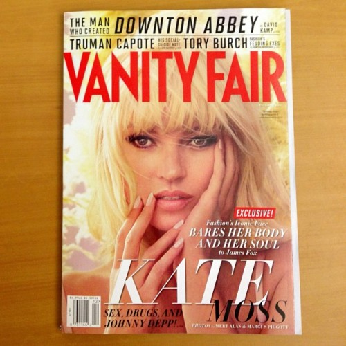 vanityfair:  Did we mention that the fabulous Kate Moss is on our Dec. cover? The issue hits newsstands nationwide today!