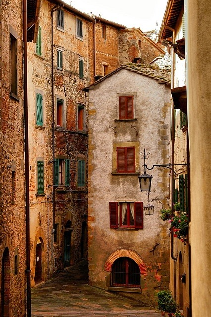 bluepueblo:  Medieval Village, Anghiri, Tuscany, Italy photo via shawnie