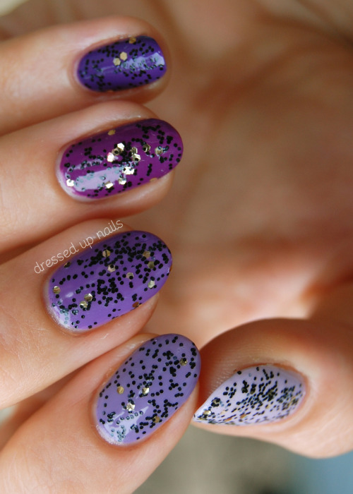 Hey lovers! I got some purple ombre nails from the vault to show you. Look how long and round my nails were! This makes me kinda miss them… I have lots of unposted pictures from when my nails were this length/shape though so you'll be seeing more of them in the future. My blog has more pictures and words as well as colors used and stuff! Come find me on Facebook!