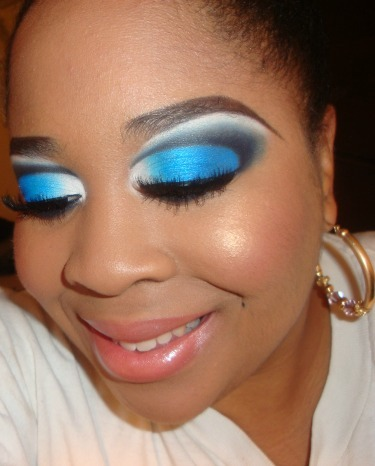 My Blue and White Cut Crease Tutorial here http://youtu.be/F-nqejxqzJk you can see more of my tutorials here http://www.youtube.com/user/MakeMeUpbyWhitney?feature=mhee