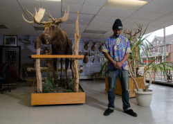 AARON NEXT TO…….A MOTHA FUCKIN MOOSE!