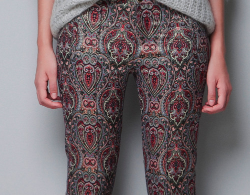 These metallic jacquard pants from Zara are just as spectacular in real life.