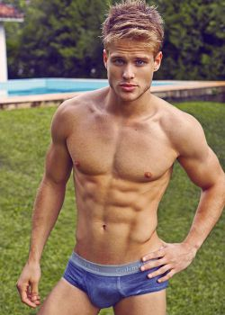 mancrushoftheday:  Visit The Man Crush Blog | Twitter | Facebook | Google+