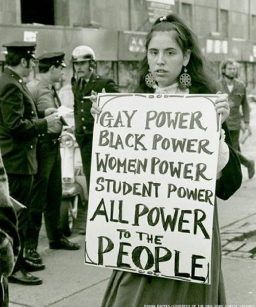 Protestor at Weinstein Hall (1970) Diana Davies