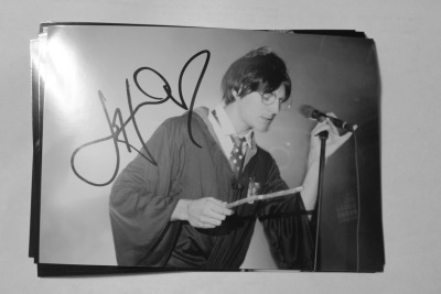 doniahudgensphotography:  Giveaway! Signed Johnny Potter Print!  Rules:  Can live anywhere.   Reblog as much as you'd like.   Likes don't count. Must be following this blog. Giveaway ends November 14th.