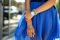 bella-r0se:  fashionably—chic:  .