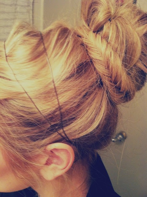 theellieproject:   do a fishtail bun.