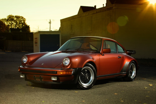 brettcreates:  1978 Porsche 930 copper metallic