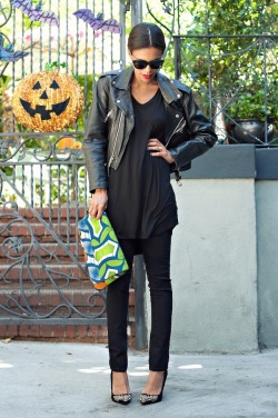blackfashion:  LNA tunic / Vintage/thrifted motorcycle jacket / Volcom jeggings - Lulu's / Shoemint pumps / Heidi Merrick clutch / Elizabeth and James sunnies blog: www.grasiemercedes.comPhotographed by Sylvia G Photography #Blackfashion FacebookTwitter @BlackFashionbyj