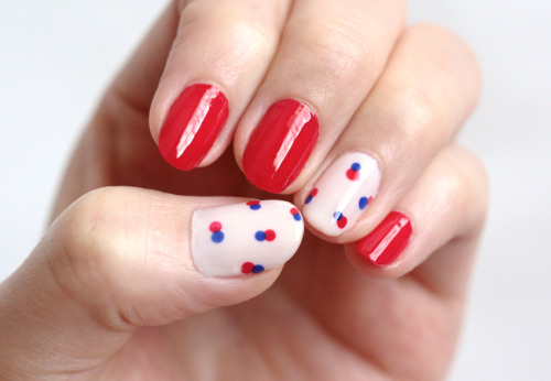 DIY essie Red Label Retro Nail Art Tutorial from Small Good Things here. *For more nail art tutorials go here: truebluemeandyou.tumblr.com/tagged/nail-art