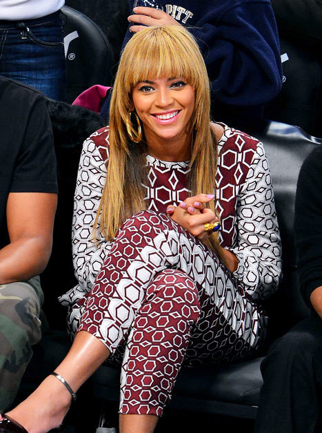…In other news…Beyonce got bangs! :) Love or Hate?