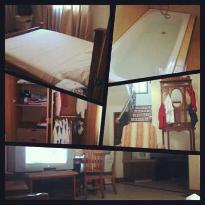 Staying at Villa 29 with @tonzkienan. :) (at Villa 29, Crown Regency Suites and Residences)