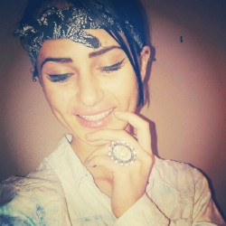 #ring #piercings #vintage #grunge #fashion #style #bandana #smiling #teeth #dimples #girlswithdimples #denimblouse #denimAllDayEveryDay #sup