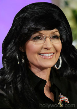 We wanted to fix Sarah Palin's awful 'Real Housewives' hair last night, so we tried out some of the real Real Housewives hairstyles (including that of Teresa Giudice) on her at http://bit.ly/UlJMAM.