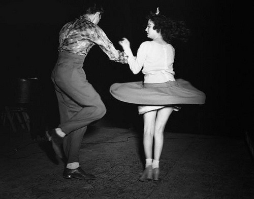 A couple jitterbugs the night away. Detroit, 1942 © Arthur Siegel