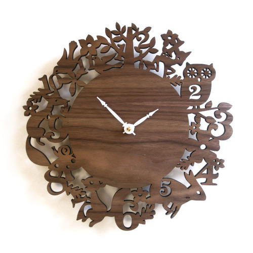 I love this. It is so beautiful, all the clocks from decoylab.com are beautiful!