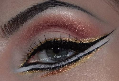 Graphic liner look by Stacey MakeUp D.! Watch her tutorial here.