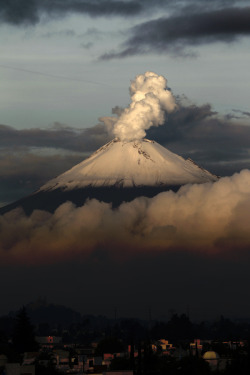 mexiroccan:  Popocatepetl <3