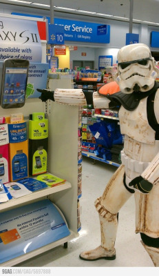 thejediwalking:  Look Sir… Droids