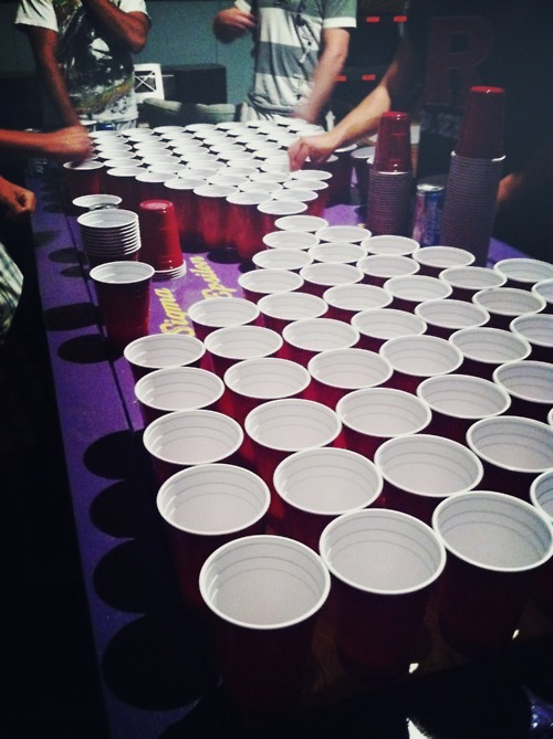 graveyardfrolicking:  Holy drunk  That's ultimate beer pong.