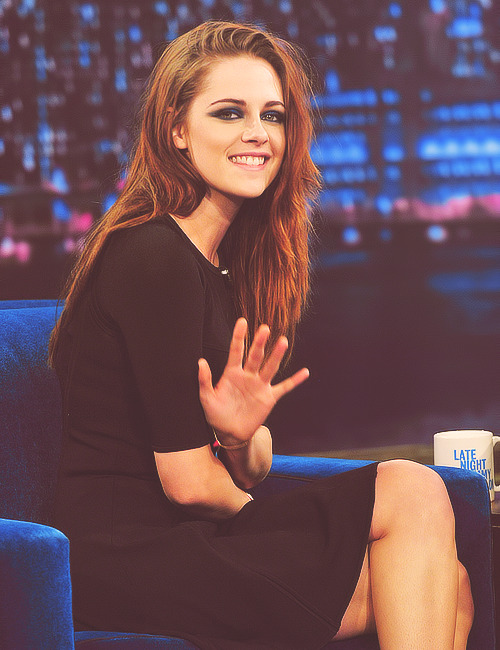 Kristen Stewart on Late Night with Jimmy Fallon (Nov. 7, 2012)