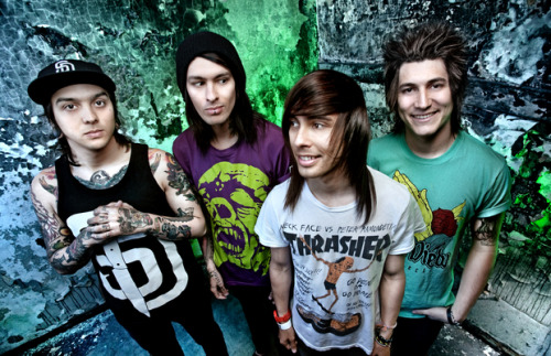 PIERCE THE VEIL!!!