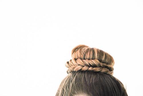 coiffure mariée chignon tresse