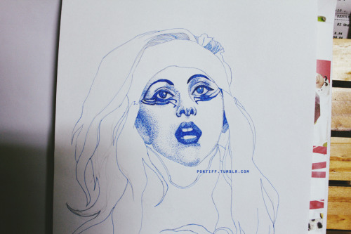 Lady Gaga using Pointillism on going More Lady Gaga art on http://pontiff.tumblr.com/