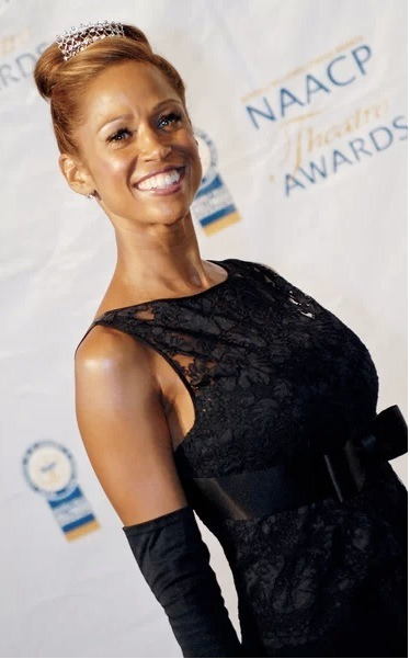 Actress Stacey Dash is a little upset that Romney did not win the Presidential election, however, her vote for Romney was NOT a vote against Obama. Stacey actually explained in a much more coherent manner than Donald Trump. Click the pic for more.